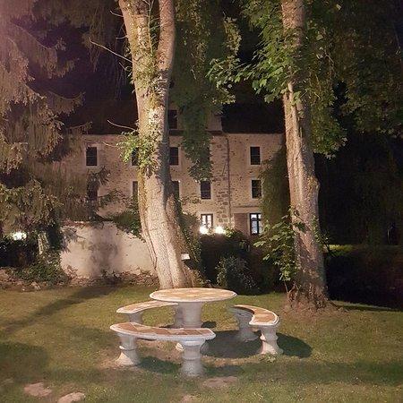 Pommeuse, ฝรั่งเศส: 20180511_223235_large.jpg