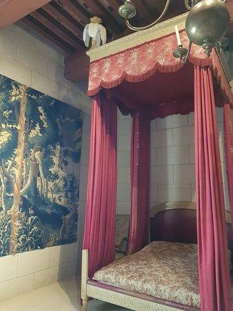 Chateau de Grignan: 20180430_142305_large.jpg