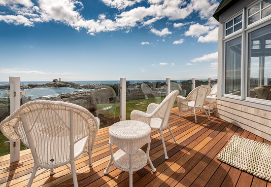 ViewPoint: Decks overlooking the Nubble
