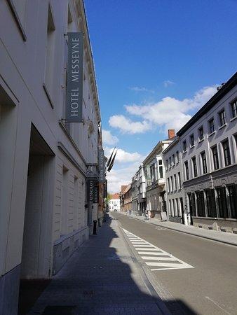 Hotel Messeyne: voorkant hotel