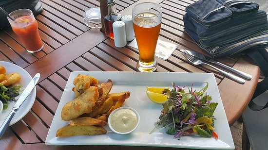 Devonport, Nueva Zelanda: Fish & chip meal at The Patriot