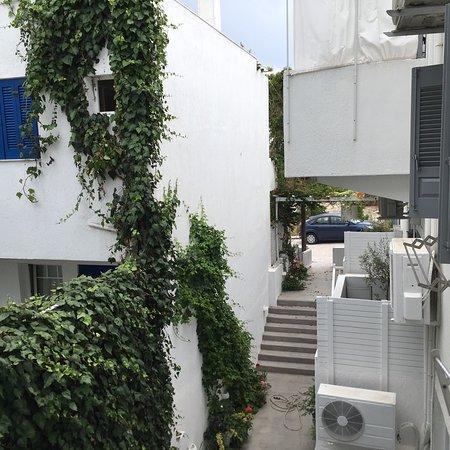 Milos Bay Suites Photo