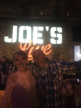 Joe's Live: photo1.jpg