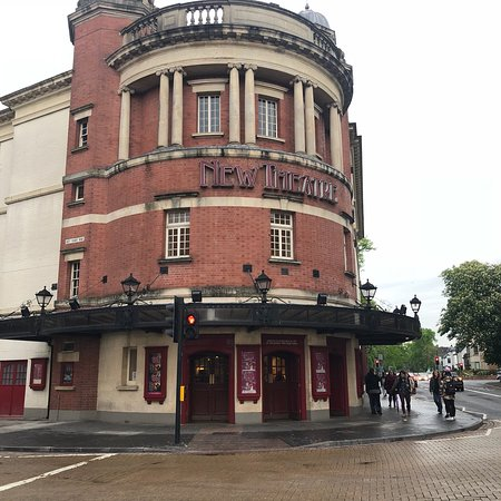 New Theatre: photo0.jpg