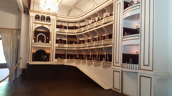 La Granja: Maqueta de un teatro