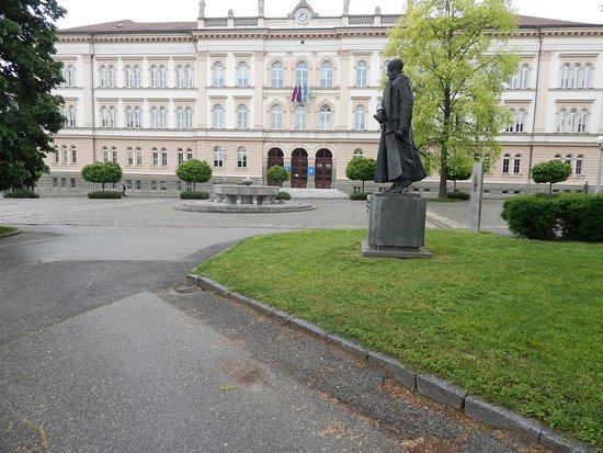 Maister's monument