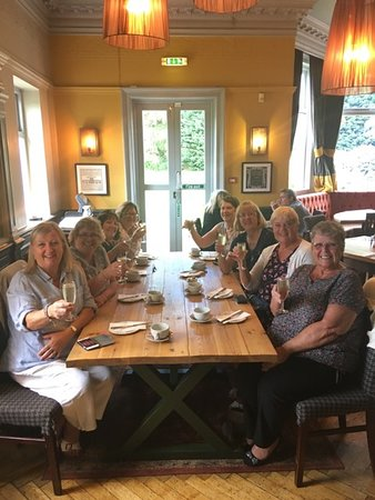 Worplesdon Place: Our lovely afternoon tea