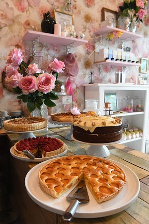 Bargara, Australia: The Mixing Bowl - Cakery Boutique