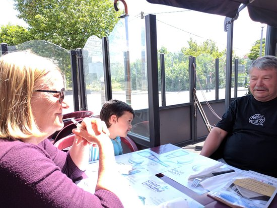 La Bassee, France: La terrasse qui ne fonctionne qu'au beau temps