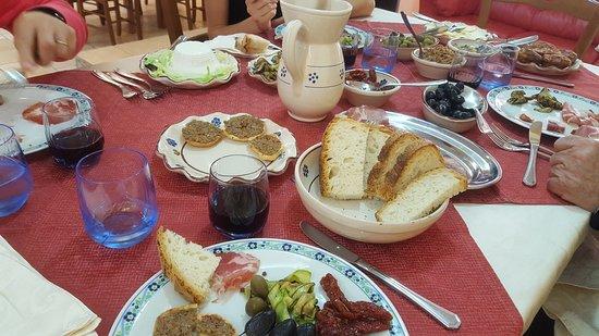 Santa Sofia d'Epiro, إيطاليا: 20180512_131857_large.jpg