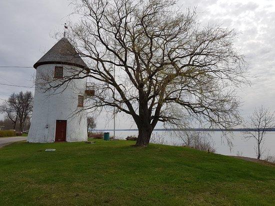 Deschambault-Grondines, Canada : TA_IMG_20180512_105410_large.jpg