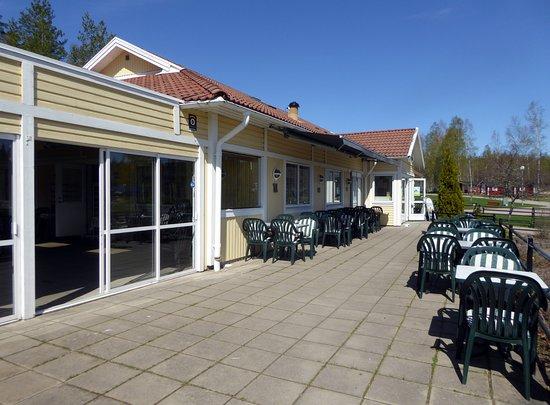 Surahammar, Schweden: Vid golfbanan