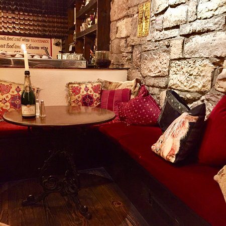 Maxies Bistro & Wine Bar, Edinburgh - Old Town ...