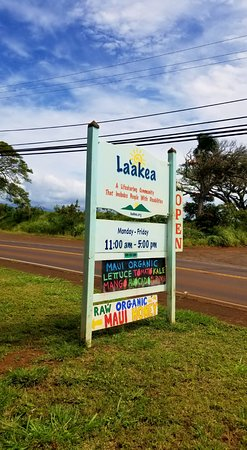 Paia, Hawaï: La'akea Country Store sign