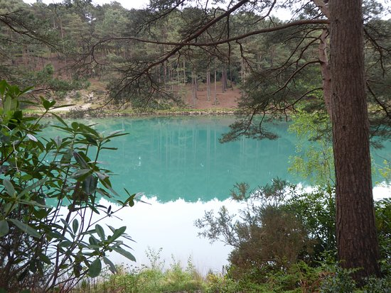 Furzebrook, UK: The Blue Pool tranquillity at its best