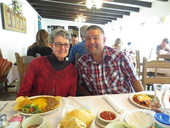 Rancho De Chimayo Restaurante: Daddy bear & Family Friend