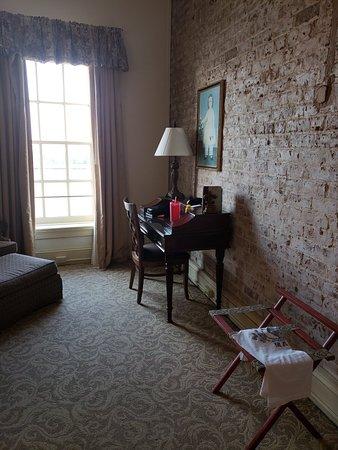 River Street Inn: 20180510_193004_large.jpg