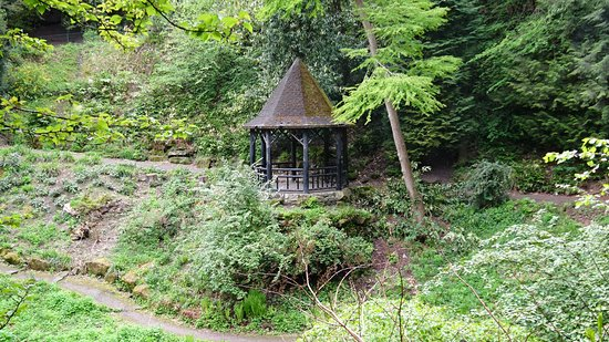 Pittencrieff Park: Summerhouse