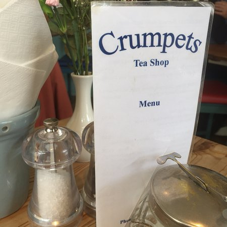 Crumpets Cafe: photo0.jpg