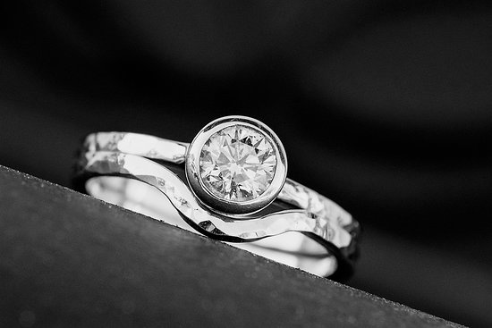 Grace Jewelers: getlstd_property_photo