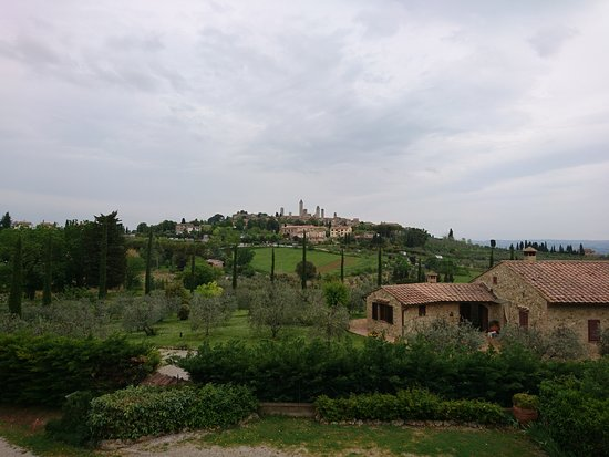 Locanda Viani: View of the town from the room. Just a 13 minute walk away.