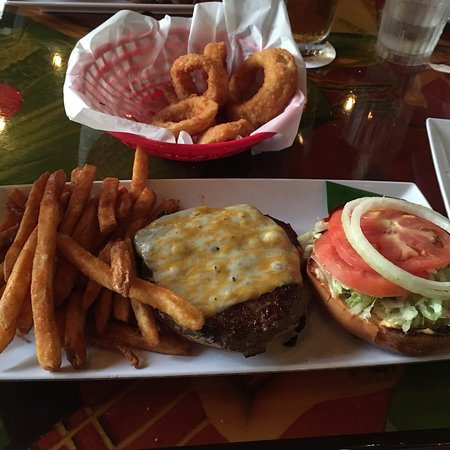 Cheeseburger Grille And Tap Room: photo0.jpg