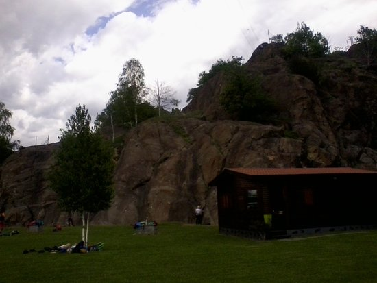 Parco Avventura La Turna: Nubi minacciose sulle rocce
