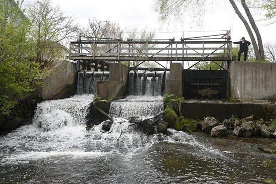 Pickwick Mill Dam