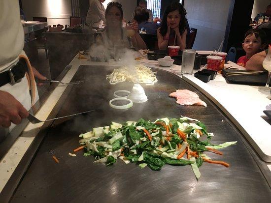 Teppan Edo: Volcano in onions