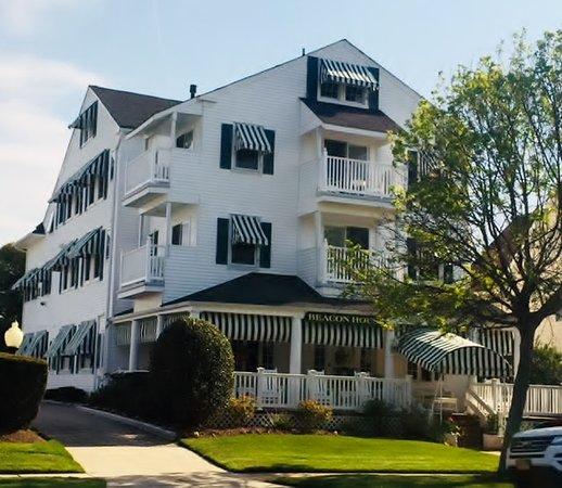 Sea Girt, نيو جيرسي: The Beacon House - Main House
