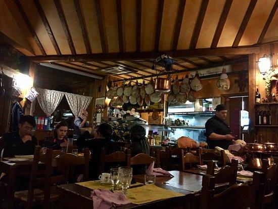 Brancaleone: Cozy Italian Atmosphere