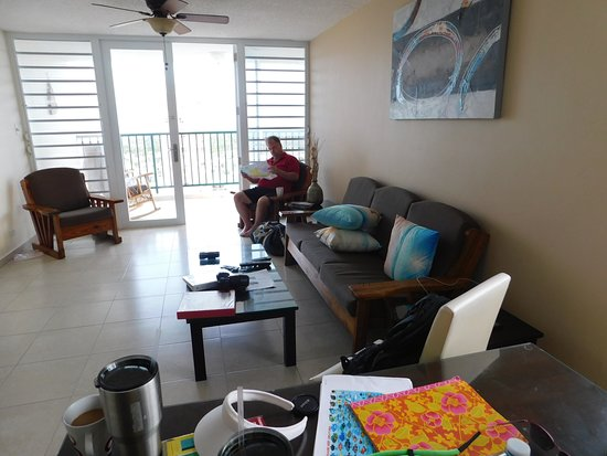 Playa Azul: Living room/dining area with ocean breeze blowing thru.