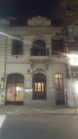 Petit Recoleta Hostel: 20180511_193140_large.jpg