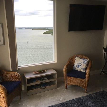 Lovers Key Resort: Room 1206