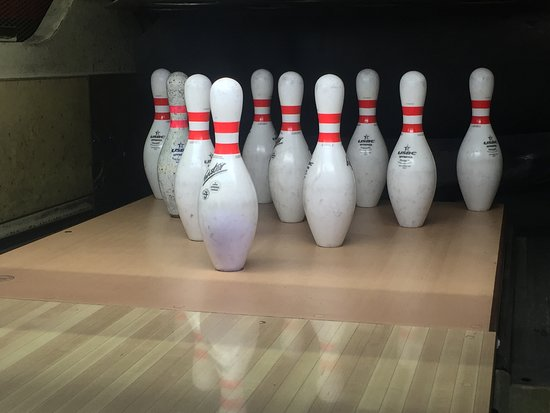 Split Happens Bowling Center: New ownership, new pins