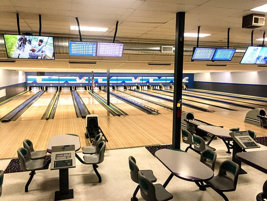 Split Happens Bowling Center