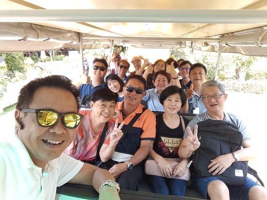 Mr.Tee Taxi Bangkok Service