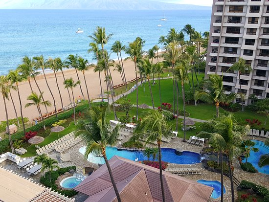 Kaanapali Alii: View from an ocean view room