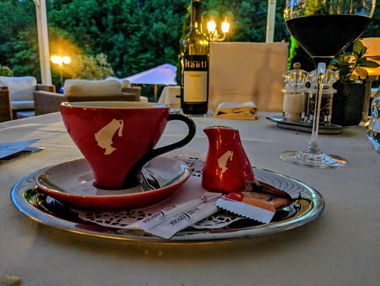Grand Hotel Lienz: Terrasse