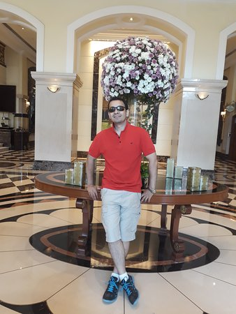 ITC Grand Central, Mumbai - a Luxury Collection Hotel: At the entrance