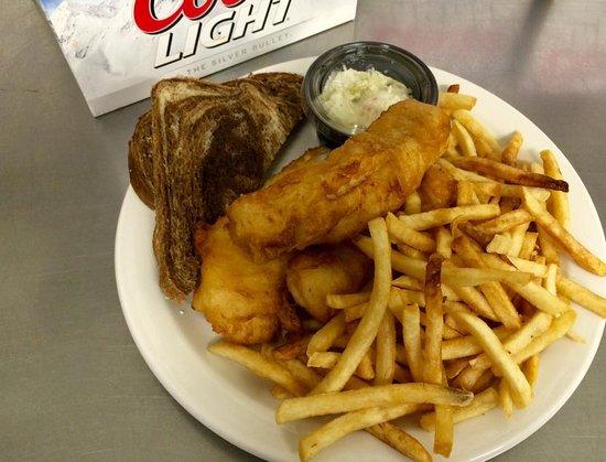 Kathan Inn Bar & Grill: Fantastic fish fry!
