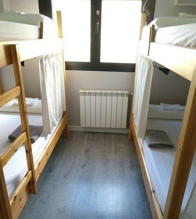 Zubiri, Hiszpania: Habitación de 4 personas