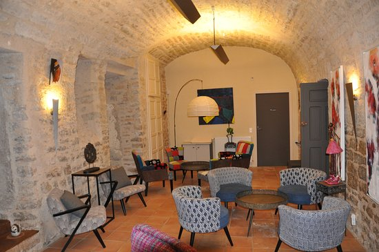 Grèzes, France : Coin café
