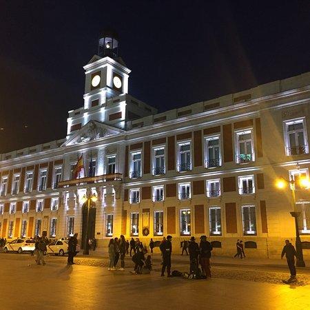 Real casa de correos madrid spanien omd men for Real casa de correos madrid