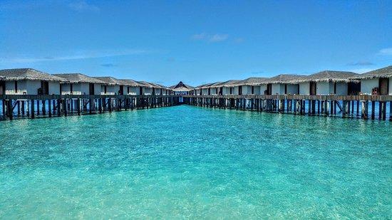 Dhiggiri: overwater