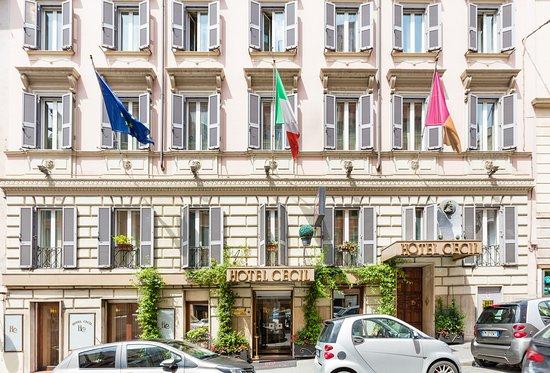 Hotel Cecil Photo