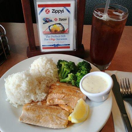 Zippy's Restaurant: 0512181630_large.jpg
