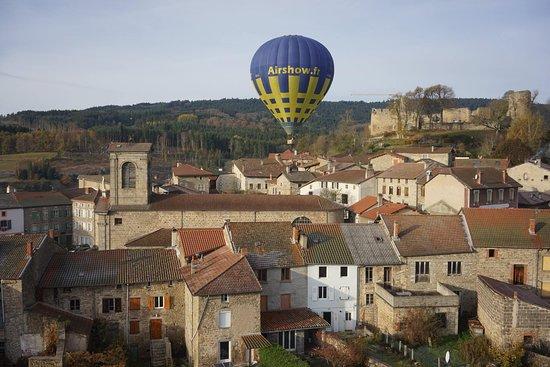 Viverols, Francia: montgolfière Airshow dans la brume en Auvergne