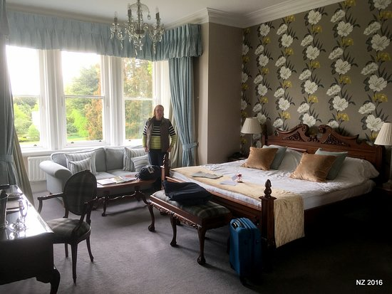 Easington, UK: This was a lovely 1st floor room overlooking the grounds.