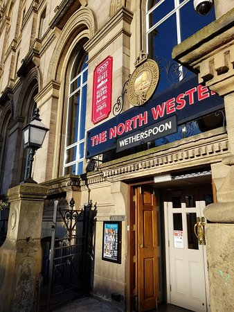The North Western: Great Wetherspoon pub